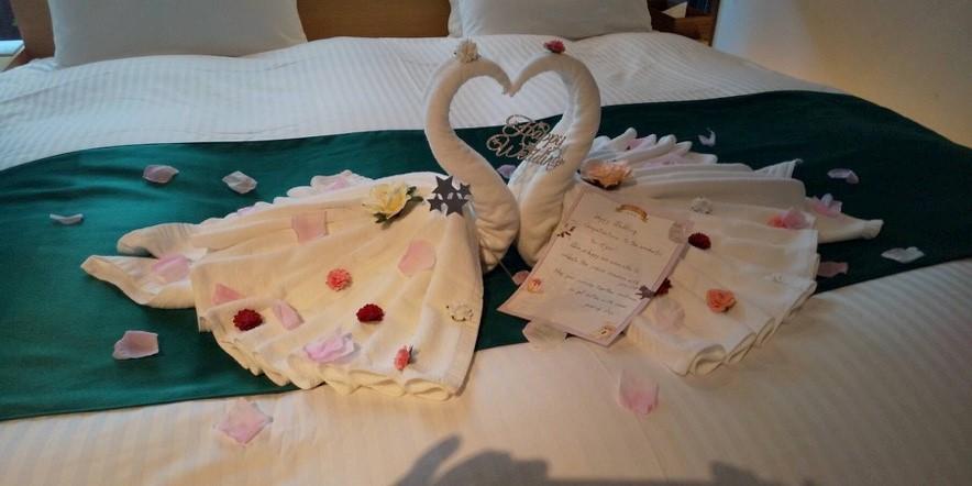 結婚記念で宿泊された方に向けたサプライズの演出